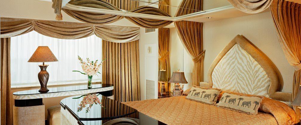 Raja Suite Taj Mahal